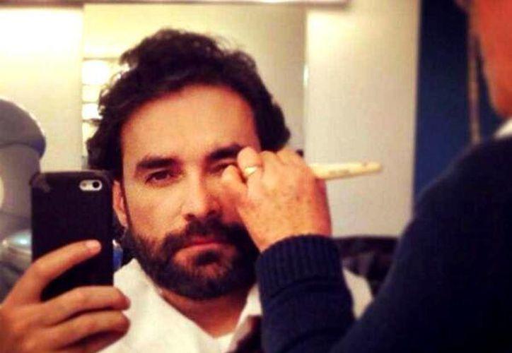 El actor agradeció a sus seguidores por estar al pendiente de su situación tras el deceso de su madre. (@mauricioislas)