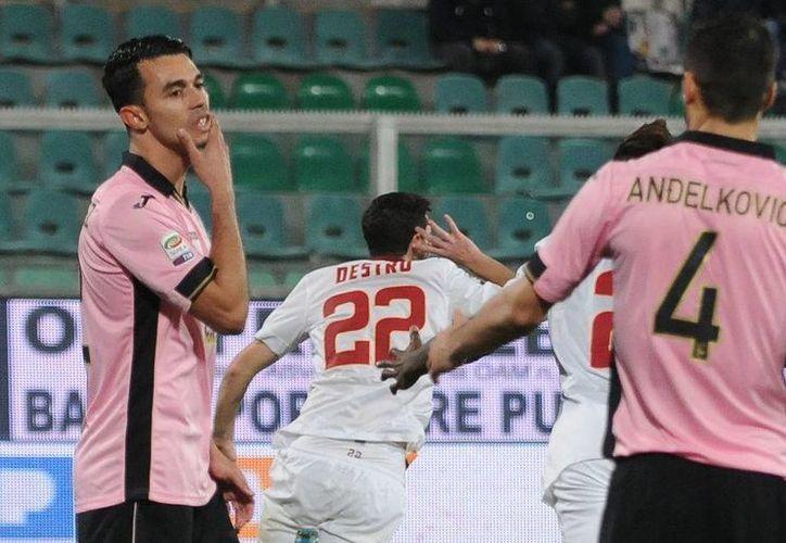 El Palermo ha tenido una pésima temporada en la Serie A. Actualmente ocupa la 18ª posición del campeonato y podrá sufrir el descenso a la Serie B. (Archivo AP)