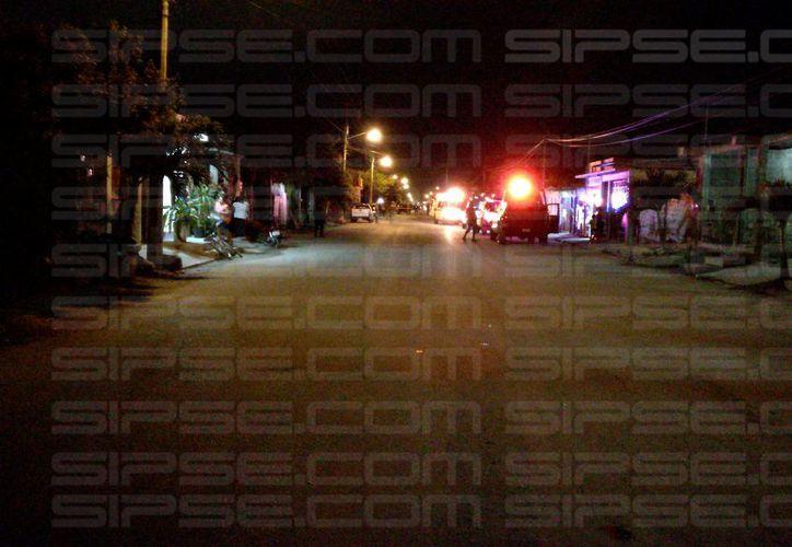 Autoridades aún no identifican a la persona que falleció, víctima de un ataque con un arma de fuego. (Foto: Redacción/SIPSE)