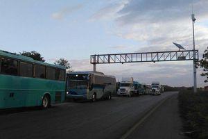 Transportistas de Yucatán se manifiestan contra el <i>gasolinazo</i>