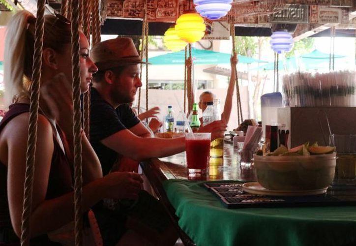 La industria restaurantera genera 7,000 empleos. (Archivo/SIPSE).
