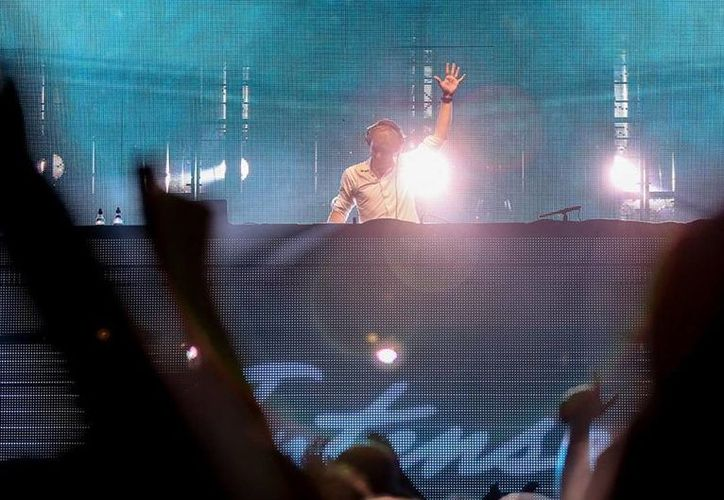 Van Buuren amenizará el Dance Paradise que tendrá lugar en Playa del Carmen, Quintana Roo, este 31 de diciembre. (Facebook/Armin van Buuren)