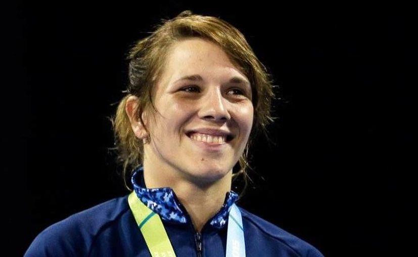 La atleta Luz Clara Vázquez dio positivo en un control antidoping durante la competencia de lucha en Juegos Panamericanos y se la ha retirado la medalla de bronce que había ganado. (elmeme.com)