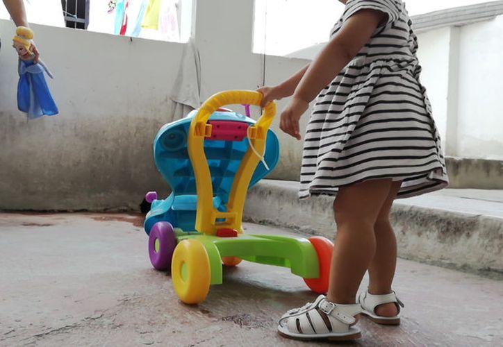 La niña cambió la vida de las mujeres que comparten la celda con su mamá. (Ivette Ycos/ SIPSE)