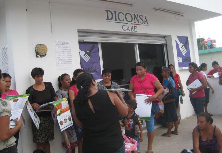 Fuentes extraoficiales aseguran que alrededor de cuatro mil pesos contenía contenían en la caja. (Javier Ortiz/SIPSE)