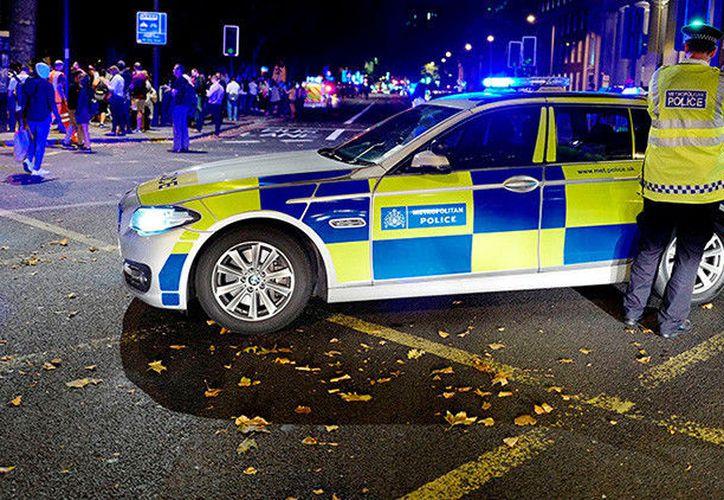 Los agentes de la policía lograron detener a uno de los responsables del ataque. (Foto: RT)