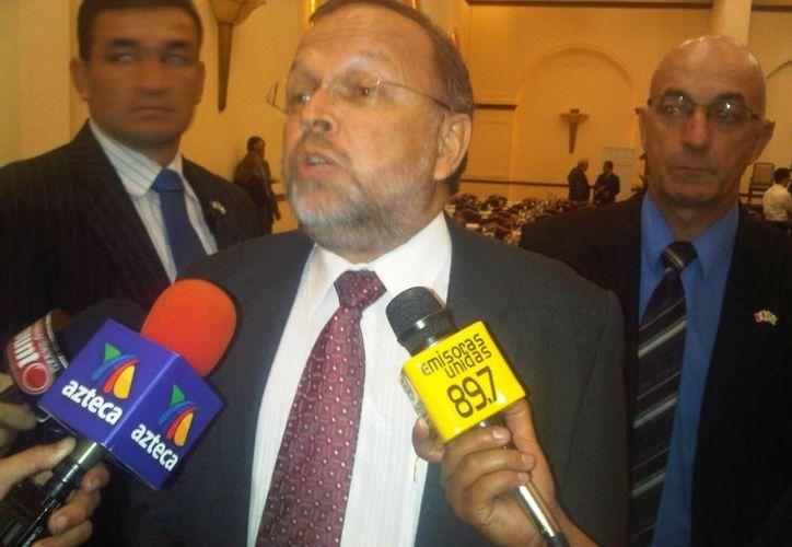 Francisco Dall´Anese, entregó al Ministerio Público guatemalteco el listado de 18 jueces. (monitoreodemedios.gt)