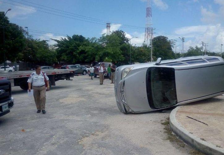 Los hechos ocurrieron en la avenida Palenque. (Eric Galindo/SIPSE)