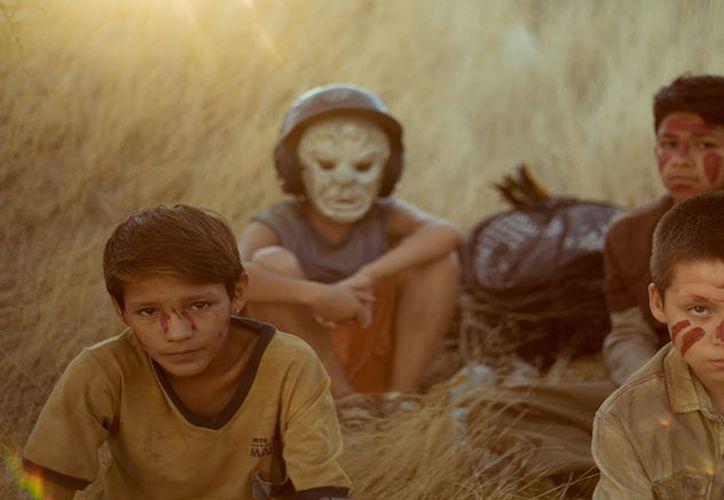 La película mexicana protagonizada por niños refleja la problemática del feminicidio y violencia en el país. (Cine Premier)