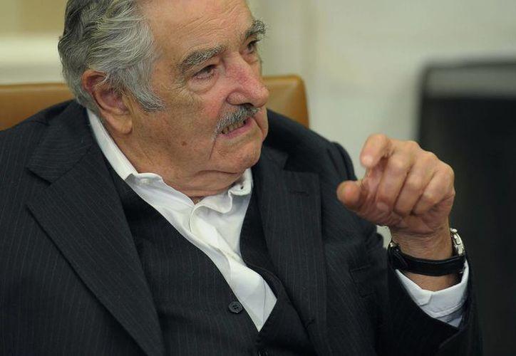 El presidente uruguayo José Mujica intervendrá en la Cumbre Iberoamericana junto con el presidente de México, nación que el líder charrúa tildó de fallida. (Notimex)