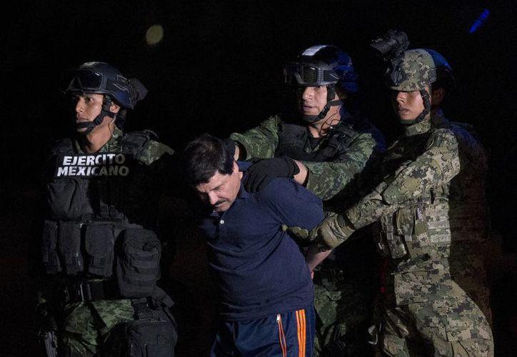 El pasado 20 de octubre, el juez resolvió negar el amparo en dos de los cinco juicios promovidos por la defensa de 'El Chapo' Guzmán. (Rebecca Blackwell/AP)