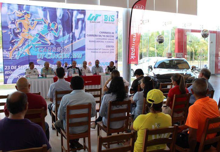 En conferencia, mencionaron que la carrera está programada para el próximo 23 de septiembre. (Ángel Villegas/SIPSE)