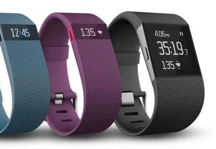 Con el Fitbit Charge, Charge HR y Surge la marca confirma su interés por dominar el mercado de los accesorios inteligentes en México. (Fitbit.com)