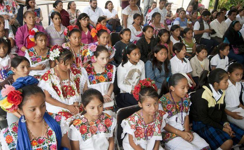 La Secretaría de Educación en Yucatán también prevé establecer la asignatura de lengua maya en las escuelas de nivel básico. (Foto de archivo de Notimex)
