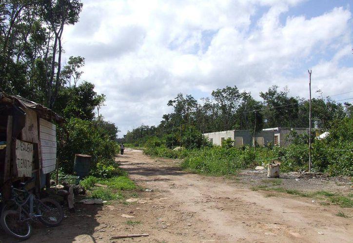 A más de 40 años de su fundación los poblados de la zona de transición enfrentan problemas por la ausencia de los servicios básicos. (Rossy  López/SIPSE)