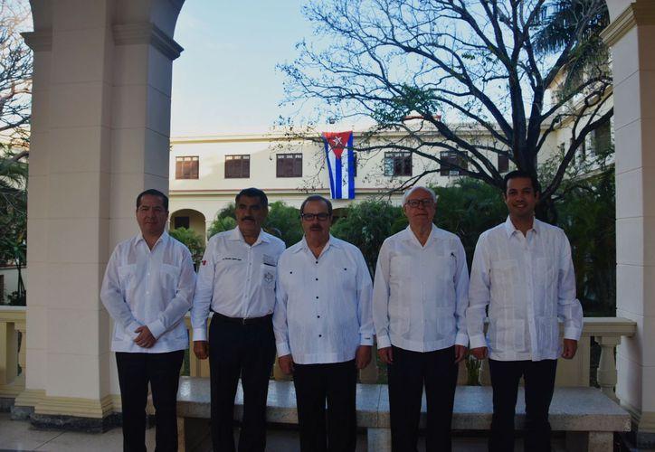 En su primer día de trabajo, el titular de Salud inauguró la Primera Reunión del Grupo de Cooperación en Salud, México-Cuba. (Redacción/SIPSE)