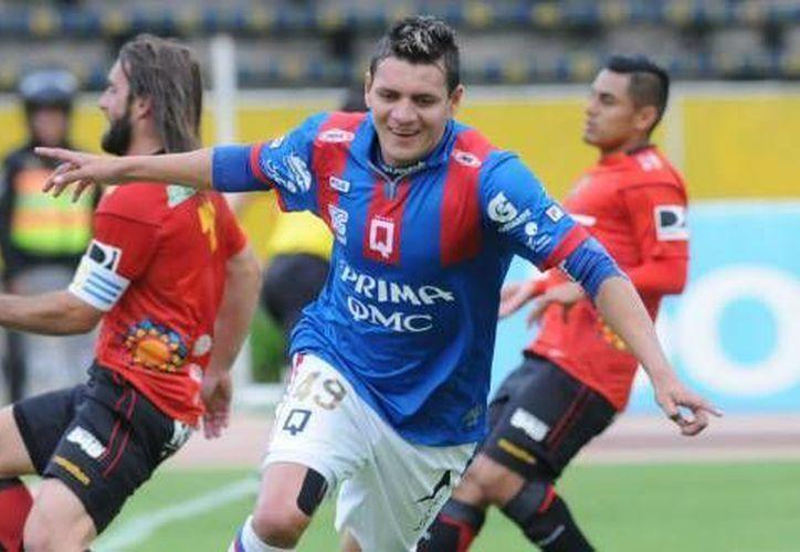 El delantero ecuatoriano, Carlos Garcés Acosta. (Redacción/SIPSE)