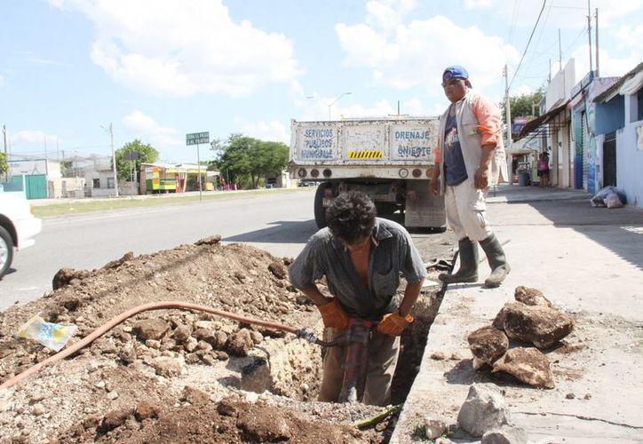 De septiembre a diciembre, entre otros trabajos vinculados con el sistema de drenaje pluvial, el Ayuntamiento construyó 618 metros lineales de zanjas con rejillas y perforó 319 pozos. (Cortesía)