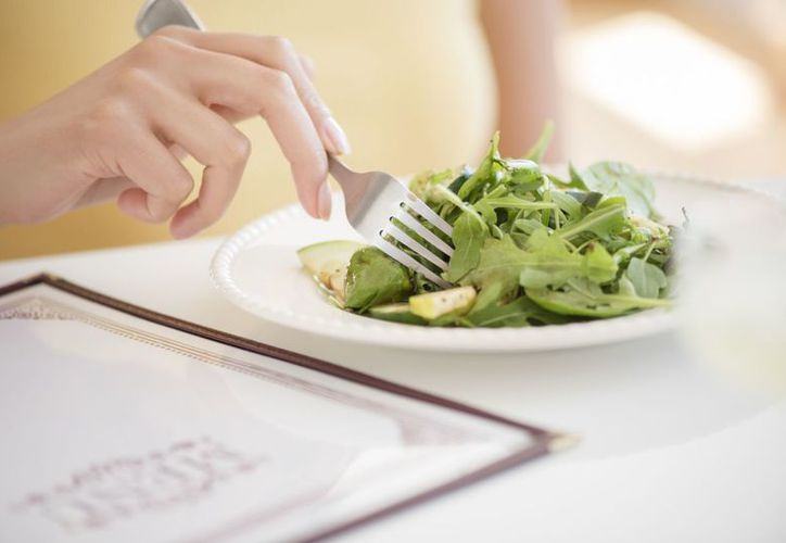 Solo cinco minutos son suficientes para que puedes preparar un platillo sano. (Foto: Contexto)