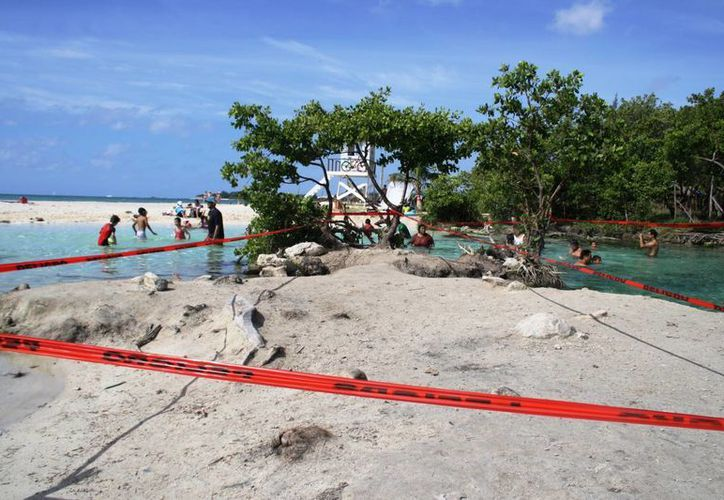 Luego de que este domingo se ahogó un menor de edad en Punta Esmeralda, la zona tendrá más vigilancia. (Octavio Martínez/SIPSE)