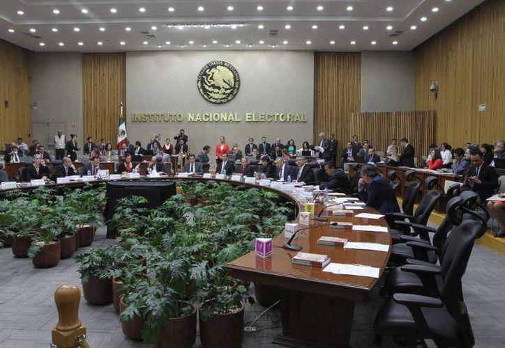 Por su parte, el PT aseguró que el INE no puede ser árbitro de las elecciones ya que no existen condiciones para ello. (Archivo/Notimex)