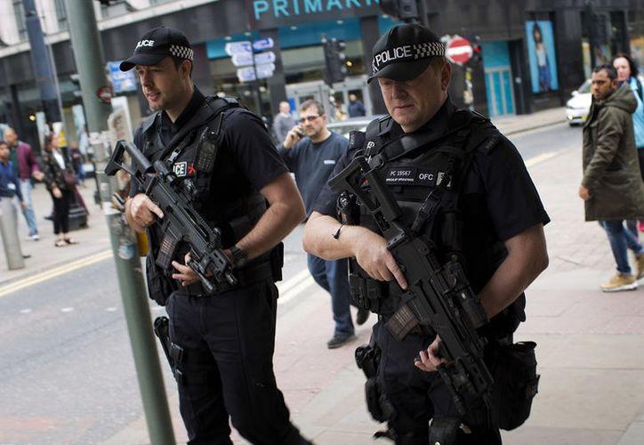 La Policía británica arrestó a un joven más por ser sospechoso de haber contribuido en el ataque al Manchester Arena el lunes pasado. (Foto: Noticieros Televisa)