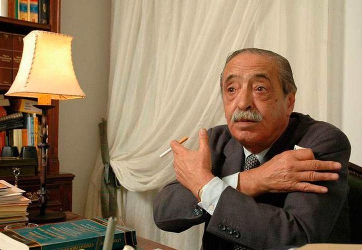 Julio César Strassera, fiscal que llevó a la cárcel a los líderes de la dictadura militar en Argentina, falleció este viernes, a los 81 años de edad. (urgente24.com)