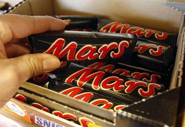 El productor de chocolate estadounidense Mars retirará productos defectuosos. (AP)