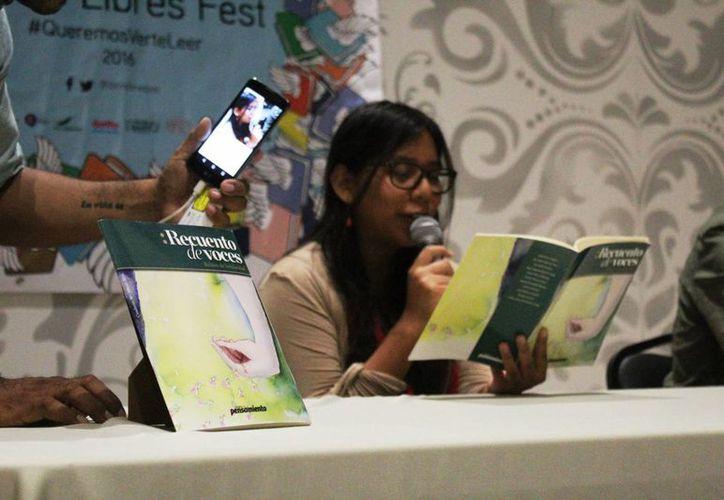El festival dio a lugar a expositores literarios mexicanos.(Octavio Martínez/SIPSE)