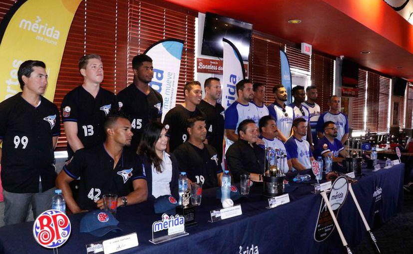 Equipos de la serie final de la Liga Meridana de Béisbol.(Foto: Novedades Yucatán)