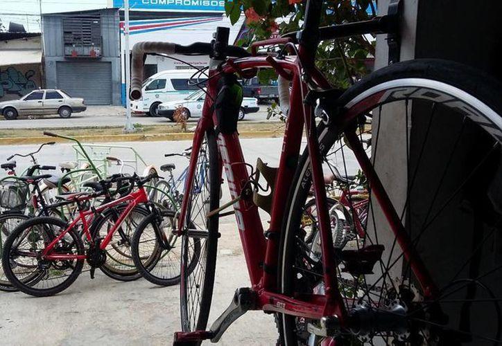 Durante la última semana se ha compartido en redes sociales una campaña para evitar la compra de bicicletas usadas. (Daniel Pacheco/SIPSE)