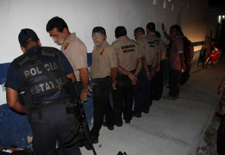 Diecisiete personas fueron arrestadas tras intentar desalojar un predio violentamente. (Rossy López/SIPSE)