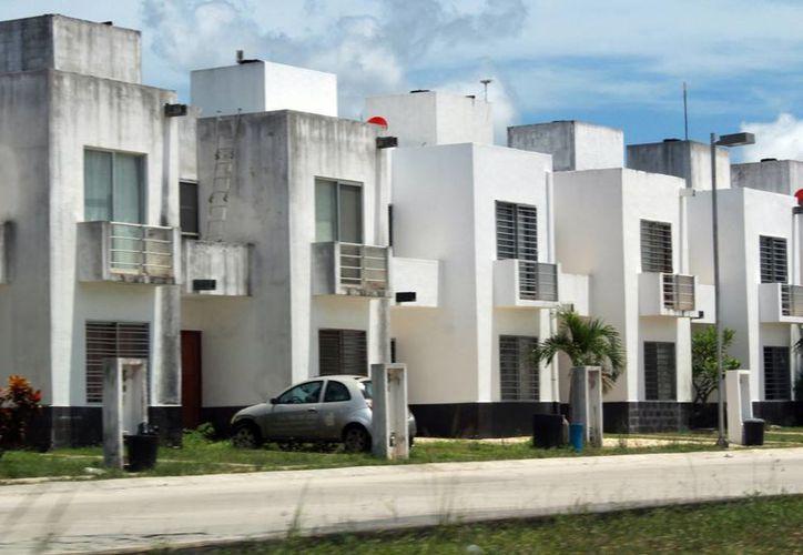 Aumenta cerca de 100 mil pesos el precio de una casa. (Luis Soto/SIPSE)