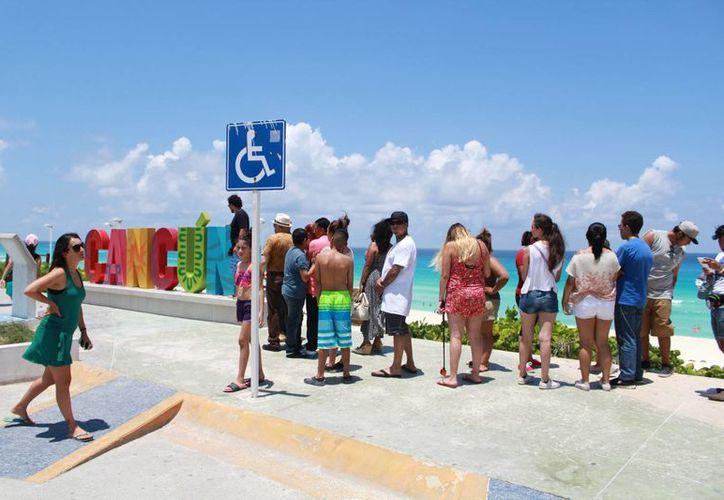Cada año aumenta el arribo de visitantes en este destino turístico. (Luis Soto/SIPSE)