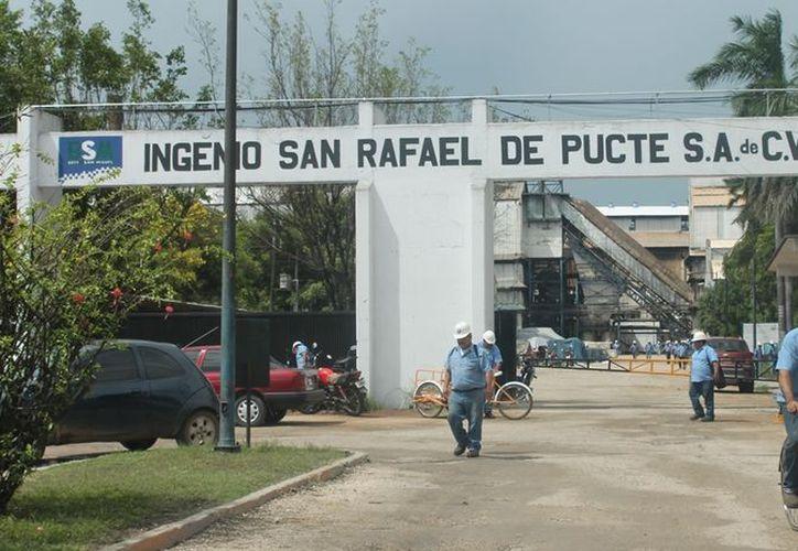 Con las prestaciones que tendrán los obreros, cientos de familias de la zona se verán beneficiadas. (Edgardo Rodríguez/SIPSE)