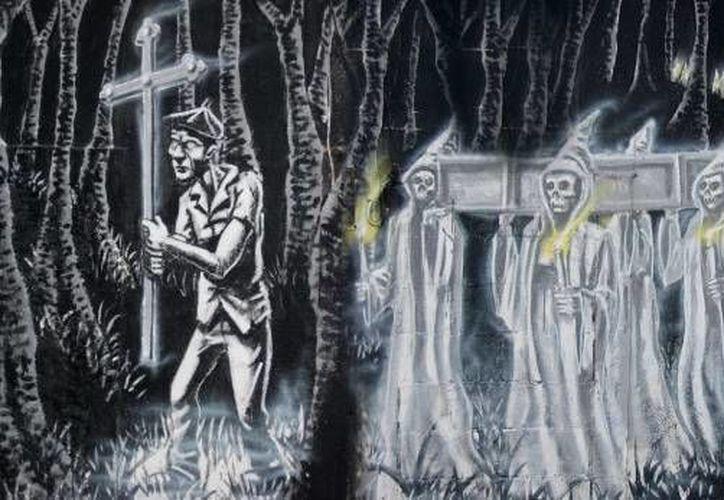 La procesión de las ánimas ya está en camino, como cada año en Yucatán. (Jorge Moreno/SIPSE)