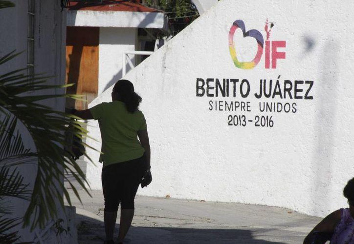 Continúan impartiendo terapias en el DIF de Benito Juárez. (Sergio Orozco/SIPSE)