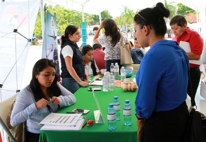 Cancún es de las ciudades que más genera empleo en la entidad, principalmente en el sector turismo. (Foto: Paola Chiomante/SIPSE)
