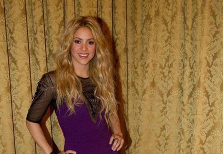 Shakira lanzará su disco homónimo el próximo 25 de marzo. La semana pasada lanzó un sencillo junto a Rihanna. (Twitter @shakira)