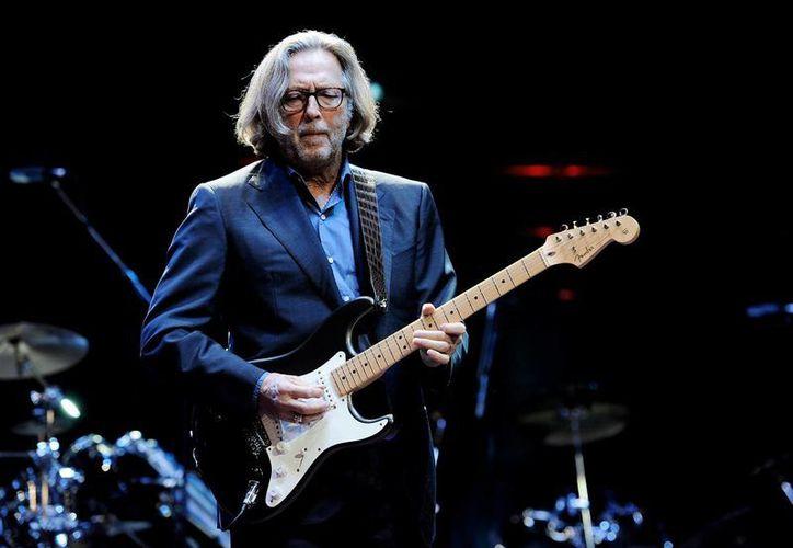 Una enfermedad nerviosa obligaría al retiro a Eric Clapton. (garuyo.com)