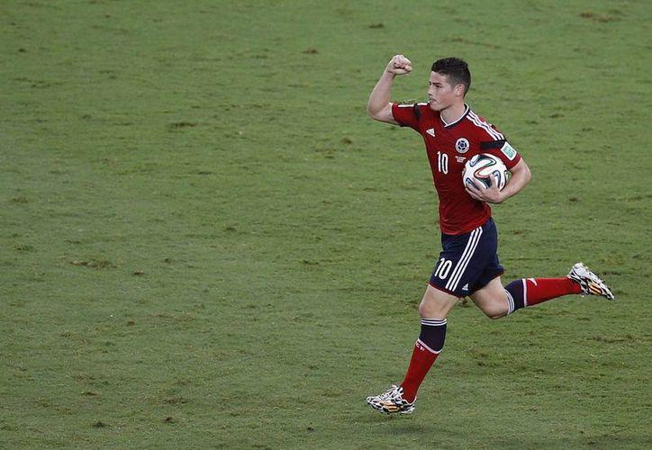 James Rodríguez podría ser el primer colombiano en ser máximo goleador en un Mundial y también el primero de su país en ser nombrado mejor jugador del torneo. (EFE)