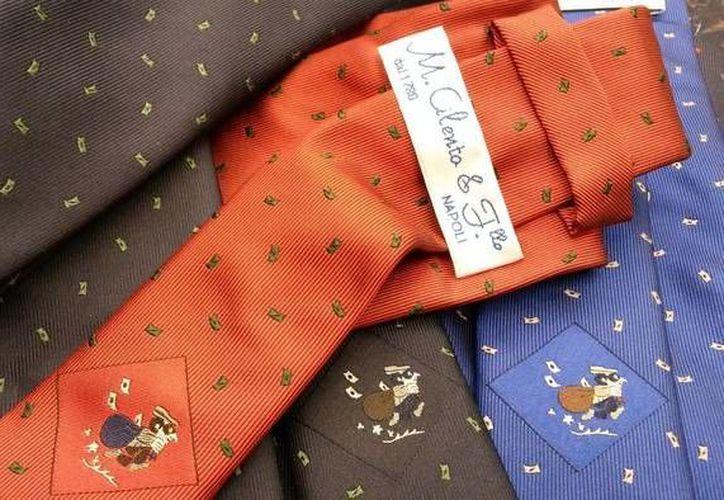 La peculiar corbata forma parte de la colección 'profesiones' de la casa Cilento 1780. (Ansa Latina)