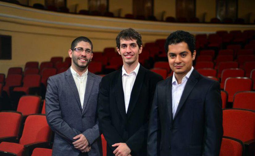 Los músicos finalistas son Víctor Díaz Hurtado, Darío Antonio Martín García y Héctor Estuardo Hernández Villatoro, jóvenes promesas del piano. (Milenio Novedades)