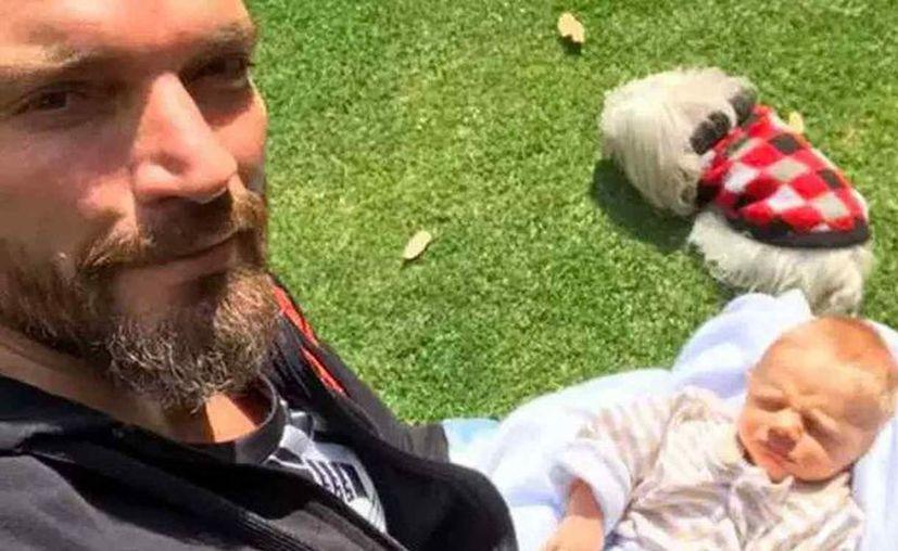 Lanzaron rumores de que el bebé Matías es de Gabriel Soto. (Foto: Internet/Contexto)