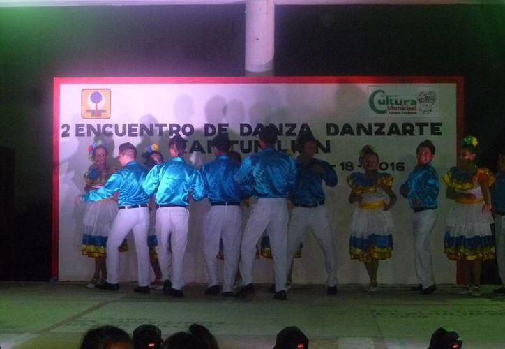 El evento se realizó en las instalaciones del domo deportivo. (Raúl Balam/SIPSE)