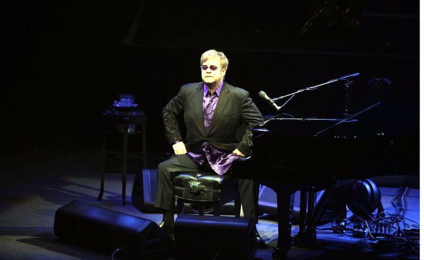 """Elton John lanzará su libro de memorias titulado """"Me"""". (Agencia Reforma)"""