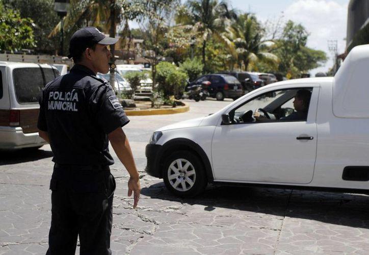 Los elementos se instalan en diferentes puntos para tratar de disminuir los delitos. (Adrián Barreto/SIPSE)