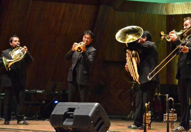 El grupo M5 Mexican Brass se presentará este lunes para sumarse al proyecto a favor de los niños autistas en Yucatán. (Tomada del Facebook de M5 Mexican Brass)