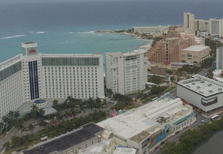 El sector hotelero sufrió represalias durante la pasada administración. (Israel Leal/SIPSE)
