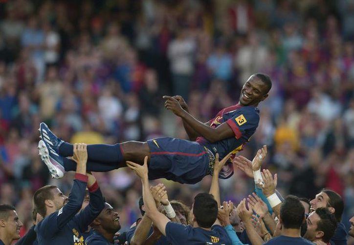 Al final del partido, los blaugranas despidieron al francés Eric Abidal. (Foto: Agencias)